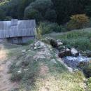 Do Gerníku jsme se vraceli kvůli nedalekým vodním mlýnkům