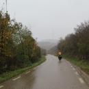 A vyrážíme na kole. Počasí slibuje déšť. Je podzim. I tady na jihu umí být nevlídný.