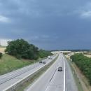 Přejíždíme dálnici D1, která půlí republiku - blížíme se k domovu
