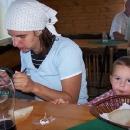 Zdravý oběd na horské chatě na Javorníku - pravá valašská klobása