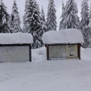 Vrstva sněhu u Masarykovy chaty, u nás tou dobou bylo s bídou 30 cm