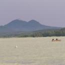 Bezděz od Máchova jezera