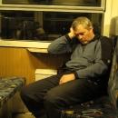 """Ze """"Staráku"""" jedeme domů vlakem s jedním přestupem v Hanušovicích. A takhle to pak dopadá, když se ráno vstane moc brzy :-)"""