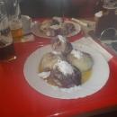 Borůvkové knedlíky, kofola a Holba - co chtít víc :-)