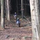 Omladina si vyjela na motorkách do přírodní rezervace