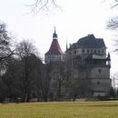 Blatenský zámek z parku