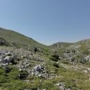 A který kopec je vlastně Bregoč, ten nalevo nebo napravo? Nebo že by tamhle ten vzadu, s tyčkou na vrcholu? (cé je správně :-)
