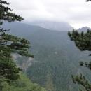 Vyhlídka na vodopád Skakavac a prales Peručica