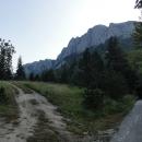 1280 metrů vysoké Dragoš sedlo leží v pohoří Maglič