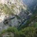 Pohled z přehrady dolů