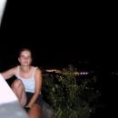 Odměnou za náročný výstup je nádherný výhled na noční Děčín...