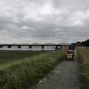 Na druhém břehu řeky, přesně naproti Dömitzu stojí zajímavý most – v současné době to ani most není, protože končí v půlce řeky.