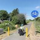 Na pár kilometrů se nám daří trefit cyklostezku vzniklou z bývalé železnice ze Swarzewa do Krokowa.