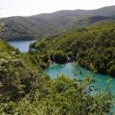 Pohled do údolí Plitvických jezer