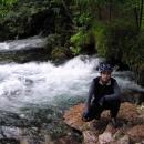 Tak takto pramení řeka Bosna - opět mohutný vývěr ze země