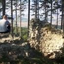 Výhled do kraje z hradu Střílky byl úchvatný (než ho zarostly stromy)