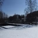 Ještě to chvíli potrvá než bazén u přehrady na Černé přivítá letní rekreanty