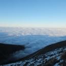 Polské inverzní moře a stín Sněžky