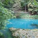 Modrý pramen říčky Blau nám připomněl vyvěračku Sirikat v Albánii.