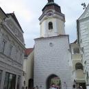Do města, které světu dalo známou Kremžskou hořčici, vstupujeme branou Steiner Tor.