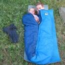 Děti blbnou ve spacáku :-)