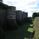 Mohutné hradby