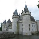 Poslední zámek na Loiře, spíš hrad než zámek, romantický, roztomilý.