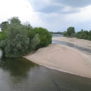Loira je zanesená pískem a tudíž nesplavná