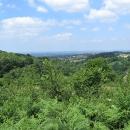 Stačí jen pár výškových metrů a na Francii shlížíme jako z ptačí perspektivy.