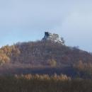 Zajímavá hradní zřícenina trochu přitažená zoomem :-)