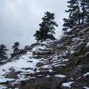 Cesta na vrchol Bořeně připomíná velehorský výstup