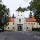 Martin by to radši opačně (jít na prohlídku  Bystřického zámku a vrchol Hostýnu zdálky vyfotit :-)