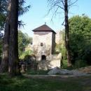 Romantický hrad Lukov v ranním slunci