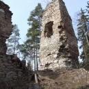 Hradní věž na hradu Loužek
