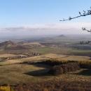 Výhled z Hrádku (Oltáříku) k Házmburku