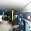 Skibus na Červenohorské sedlo je narvaný jak běžkaři, tak i lyžaři