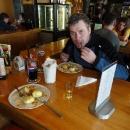 Oběd v restauraci na Pradědu, jeden malý panáček likéru Praděd nesmí chybět