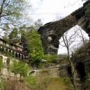 Pravčická brána s chatou Sokolí hnízdo