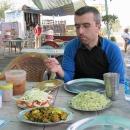 Zastavení na jídlo v dhábě (restauraci) u dálnice