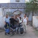 Naši záchranáři, poskytovatelé noclehu - dopravní policisté z policejní stanice