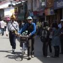 V centru města musíme kola vodit, Indové do centra s kolem vůbec nesmí