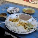 Dhál – indické jídlo v několika provedeních, k této rýži jsme dostali hned tři omáčky