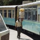 Ve stanicích je podáváno občerstvení přímo do vlaku