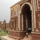 V komplexu se nacházejí i zachovalé hrobky