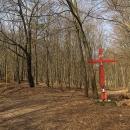 Míříme na hřeben. Přes Červený kříž...