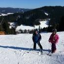 Zatímco my jsme si celý den užívali sluníčka a výhledů na dvou sjezdovkách ski areálu Kyčerka