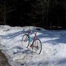 Luďkův důvtipný způsob, jak postavit kolo bez stojánku :-)