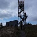 A to už jsme nahoře, na 881 metrů vysokém Ruprechtickém Špičáku.