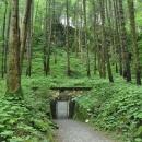 Východ z jeskyně je o pár set metrů dál než je vchod