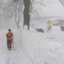 Sněhu je Markétě až po bradu